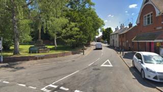 Entrance to Lilbourne Road, Clifton-upon-Dunsmore