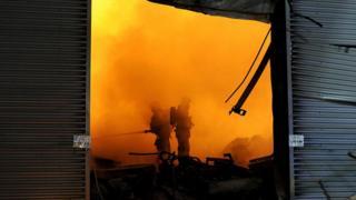 Пожар на складе в Санкт-Петербурге