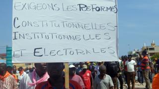 La semaine dernière, plusieurs militants de l'opposition ont manifesté à Lomé pour réclamer des réformes constitutionnelles, institutionnelles et électorales