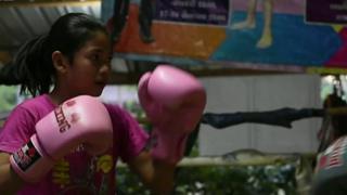 devojcica boksuje