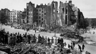 Civilians clearing rubble in Berlin 1945