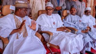 Gwamnan Sokoto tare da Buhari a wajen ta'aziyar Alhaji Shehu Shagari