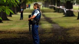 أفراد من الشرطة النيوزيلندية