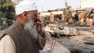 दिल्ली में दंगों की आग