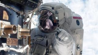 अन्तरिक्ष यात्री