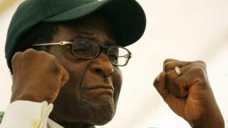 Robert Mugabe affirme que seul son parti pouvait lui demander de se retirer.