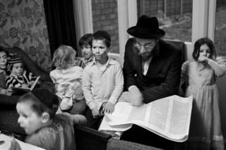 in_pictures The Telsner family, Stamford Hill, 1981