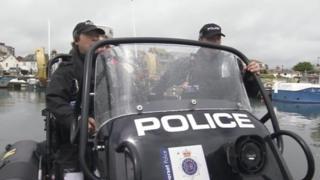 Dorset Police speed boat