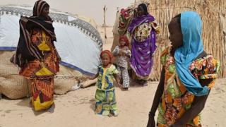 Cikin wuraren da gwamnonin suka kai ziyara a Bornon har da sansanin 'yan gudun hijira