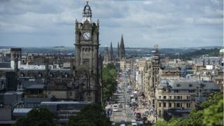 Edinburgh is growing faster than Glasgow, mainly due to migration