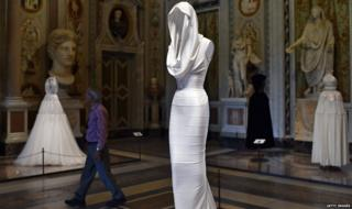 """A creation by Tunisian-born, Paris-based couturier Azzedine Alaia is displayed during the press preview of the exhibition """"Azzedine Alaia's soft sculpture"""" at the Galleria Borghese in Rome, 10 July 2015"""