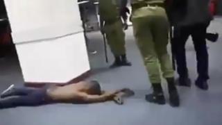 Kanda ya video yaonyesha mwandishi alivyopigwa na polisi Tanzania