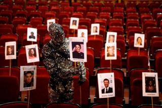 """آمادگی برای اجرای هفتاد و دومین مراسم جوایز فیلم بفتا در سالن """"آلبرت هال"""" لندن"""
