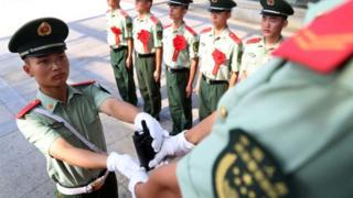 海南海口的一次軍官退役儀式