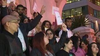 La visite du prince héritier saoudien fait polémique en Tunisie.
