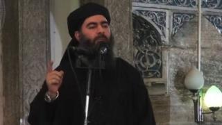 """Baghdadi mengumumkan pembentukan """"kekhalifahan"""" di Mosul, Irak pada 2014."""