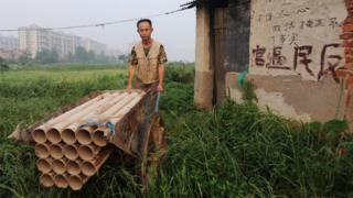 Дом-гвоздь в Китае