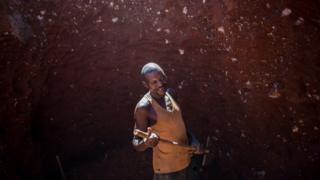 L'accident s'est produit sur un site de rejets de cobalt, ou des dizaines de creuseurs artisanaux sont à la recherche du métal précieux.