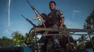 ရခိုင်တိုက်ပွဲတွေမှာ ရောက်ရှိလာတဲ့ လုံခြုံရေးတပ်ဖွဲ့ဝင်များ