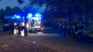 Police gather to deal with Hyde Park violence