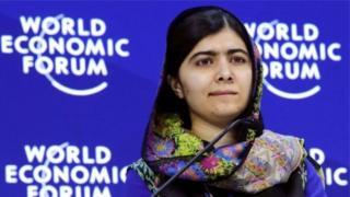 الناشطة الباكستانية في مجال حقوق الإنسان مالالا يوسفزاي
