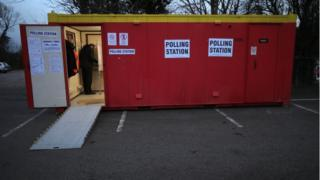 Polling station in Sleaford