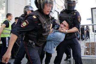 Задержания на акции оппозиции в Москве 27 июля 2019 года