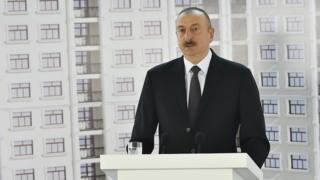 Cumhurbaşkanı İlham Aliyev gazetecilere yardımları için müteşekkir olduğunu söyledi