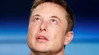 """Elon Musk mengatakan dirinya """"berbicara ketika sedang marah""""."""