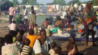 多くの市民が国連施設内に避難した(国連南スーダン派遣団撮影)