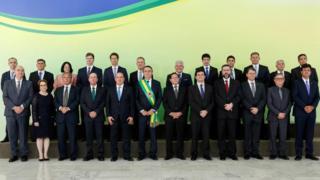 Bolsonaro, vice-presdiente Mourão e os 22 ministros do novo governo