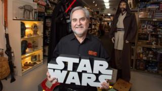 Dünyanın en büyük Star Wars koleksiyonuna sahip olan Steve Sansweet