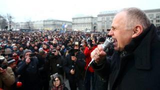 Николай Статкевич во время митинга в Минске в феврале 2017 года