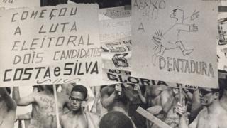 Protesto contra ditadura