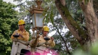 Tăng giá điện 'có thể tác động mọi mặt đời sống'