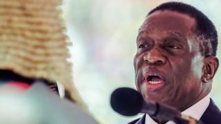 Prezida Emmerson Mnangagwa yagenye abasirikare bakurumu bushikiranganji muri reta yiwe nshasha.