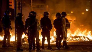 Cataluña: 4 preguntas para entender qué hay detrás de las masivas protestas de los últimos días - BBC News Mundo
