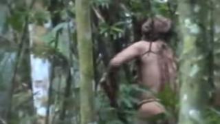 Filmagem de um homem indígena não contactado no Brasil, conhecido como o Índio do Buraco, divulgada pela Funai no YouTube em 18 de julho de 2018