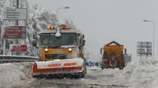 Gritters on the A9