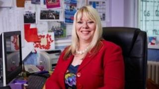 Joy Ballard: Prifathrawes Ysgol Willows