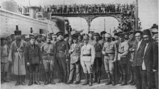 Qızıl ordu Bakıda