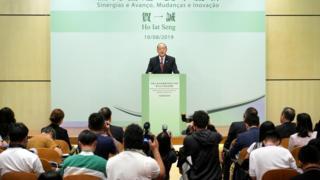 Ông Hạ Nhất Thành, trưởng đặc khu mới của Macau tại buổi họp báo hôm 25/8