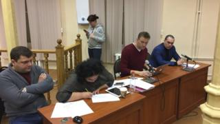 Сторона защиты на повторном рассмотрении дела против Алексея Навального и Петра Офицерова