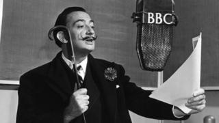 Salvador Dali, 1951 yılında BBC İspanyolca Servisi'ne konuk olmuştu.