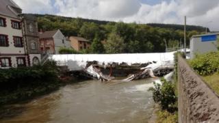 Hopkinstown bridge scaffolding collapses into river