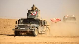وسعت القوات العراقية الجمعة نفوذها في الجانب الشرقي من الموصل