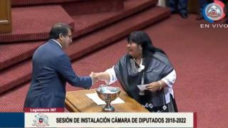 Emilia Nuyado casts her vote in the Chamber of Deputies in Chile