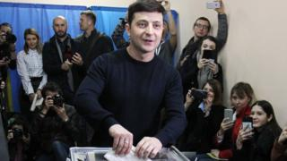 Zelenskiy votes