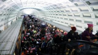 华盛顿某地铁站的示威人群(21/1/2017)
