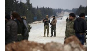 عناصر من قوات الجيش السوري الحر المدعوم من تركيا